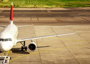 Plane-On-The-Taxiway-In-To-runway